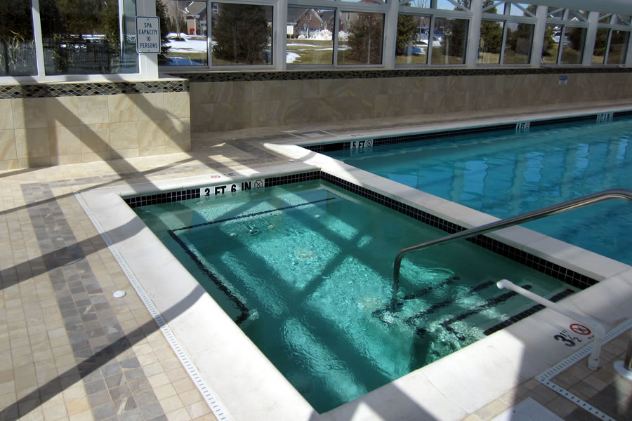 Commercial pool design