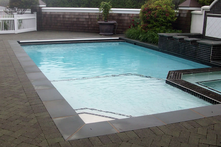 Outdoor Pool and Spa with Water Feature and Pool Cover ...